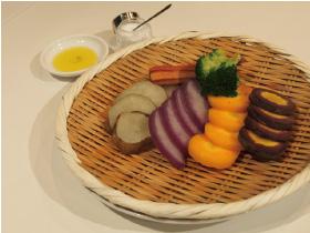 旬野菜のザル蒸し